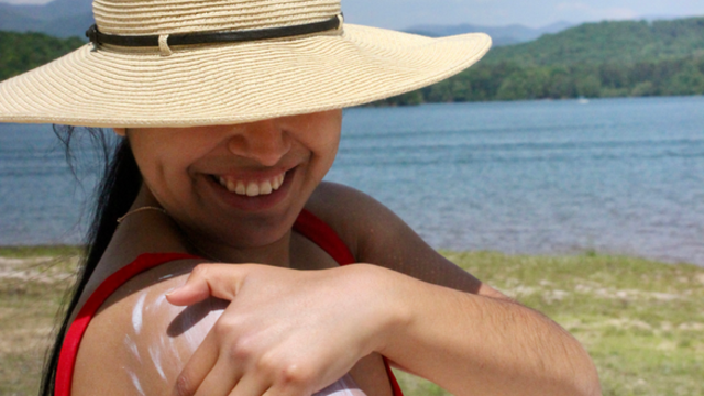 Say Hello To The 10 Safest Body Sunscreens For Sensitive Skin